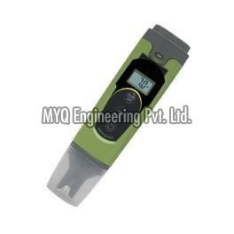Hand pH Meter