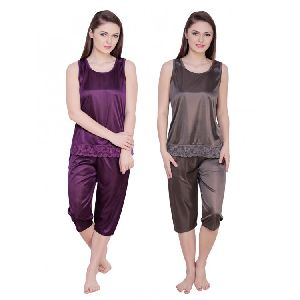 Ladies Nightwear Capri Set