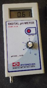 SI-136 Digital pH Meter