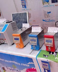 Lactosure Eco DS Solar Powered Milk Analyzer