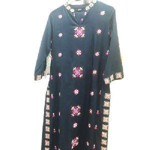 Ladies Cotton Embroidered Kurti