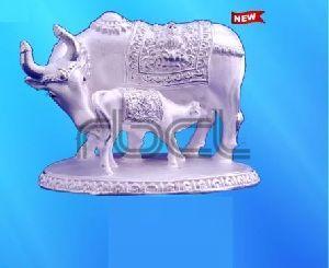 999 Silver Cow Calf Statue