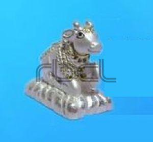 999 Silver Nandi Statue