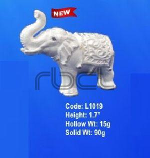 L1019 Sterling Silver Elephant Statue