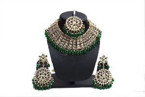 Kundan Based Green Pearl Necklace Set
