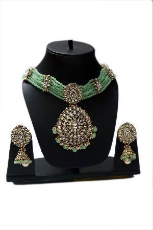Kundan Mint Green Beds Necklace Set