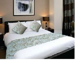 BR 005 Double Bed Runner & Cushion Cover Set