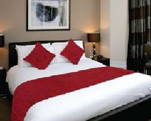 BR 008 Double Bed Runner & Cushion Cover Set