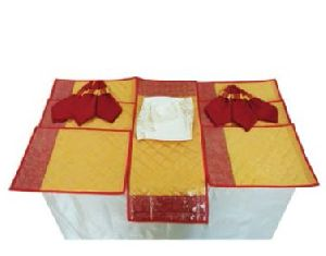 DS 012 Dining Table Linen Set