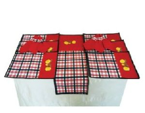 DS 018 Dining Table Linen Set