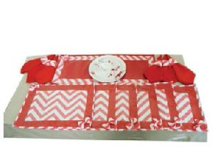 DS 022 Dining Table Linen Set