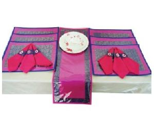 DS 028 Dining Table Linen Set