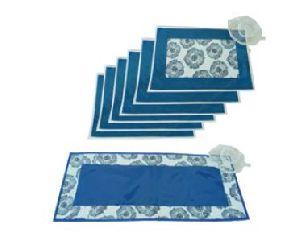MTR-021 Table Mat & Runner Set