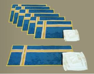 Table Mat & Runner Set