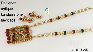 Antique Kundan Stone Necklace Set