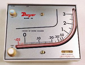Dwyer Mark II Model 40-25MM Manometer Range 0-26 MM W.C