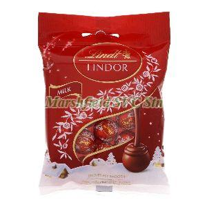 Lindt Milk Chocolate Lindor Mini Balls