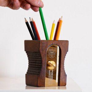 Desktop Pen Stand