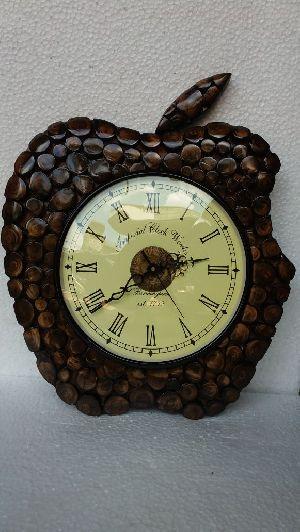 Wooden Antique Watch 01