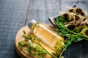 Herbal Drumstick Oil