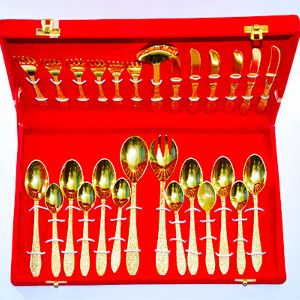 Captivating Awesome Design Brass Spoon Set