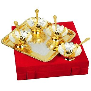 Attractive Design Brass Two Pair Bowl & Tray With Spoon