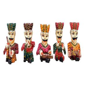 Outstanding Wooden Musical Statues