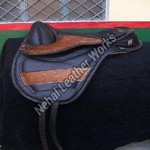 TL E 10010015 Treeless Saddles