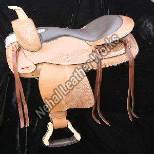 TL W 10010051 Treeless Saddles