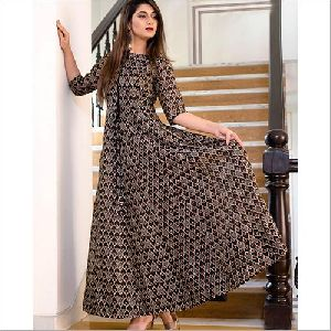 Black Colour Pure Maslin Digital Print Gown