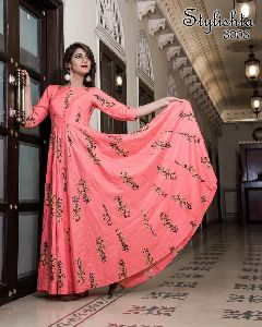 Pure Maslin Stylish Gown
