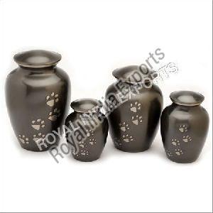 Slat Paw Print Vertical Brass Urn