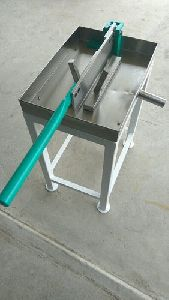 Manual Coconut Cutting Machine
