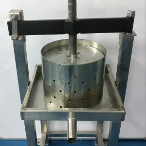 Stainless Steel Coconut Milk Extractor