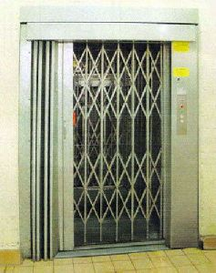 Manual Door Passenger Lift