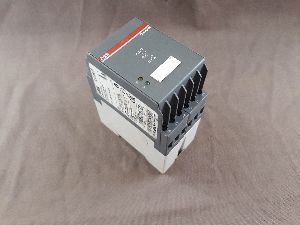 ABB CM-KRN CONTACT PROTECTION MONITORING RELAY 1SVR445091R0000