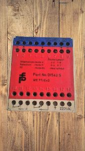 PEPPERL + FUCHS 01543 S WE77/EX2 SWITCH AMPLIFIER 220 VAC