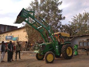 John Deere Tractor Front Loader