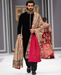 Mens Sherwani With Dupatta