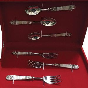 Stainless Steel Modern Spoon Set