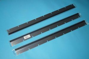 SM74 wash up blade,SM74 machine Rubber washup blade,good quality,9 slots, 822*57
