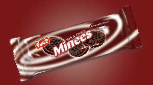 Chocolate Cream Minees Sandwich Cookies