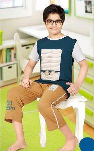 Boys T-Shirt & Capri Set
