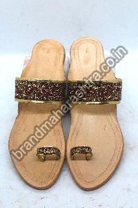 Ladies Maroon Paithani Box Heel Kolhapuri Chappal