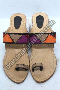 Ladies Patch Cream Box Heel Kolhapuri Chappal