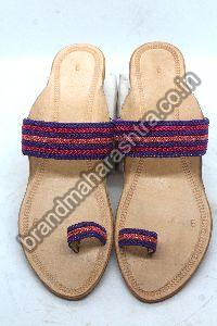 Ladies Tiny Braid Box Heel Kolhapuri Chappal