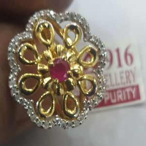 Ladies Diamond Gold Ring
