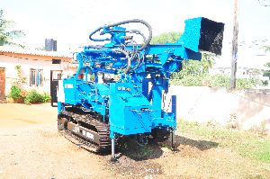 Indian Hot Selling Cralwer Blasting Hole Drilling Rig