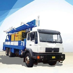 Truck mounted borehole water well drilling rig 600M