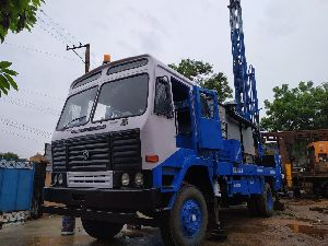 Truck Mounted Full Hydraulic 200m Water Well Borehole Drilling Machine